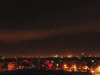 Sýrske štátne médiá informovali o údajných nových raketových útokoch