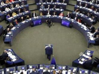 EK odporučila začať prístupové rokovania s Albánskom a Macedónskom