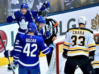 NHL: Bostonu nestačil gól Cháru, San Jose deklasovalo Anaheim 8:1
