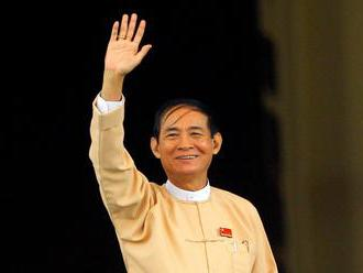 Mjanmarský prezident nariadil prepustiť 8000 väzňov