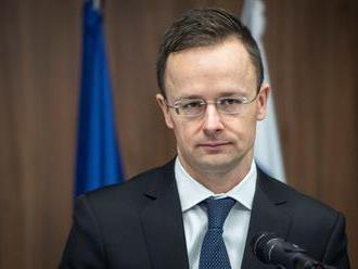 Szijjártó označil Sorosa a Timmermansa za odporcov maďarskej vlády