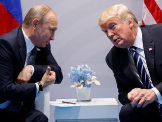 Sandersová: Trump stále dúfa v schôdzku s Putinom