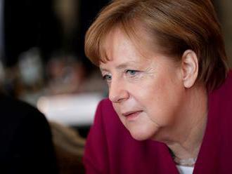 Merkelová sa v dohľadnom čase osobne stretne s Putinom