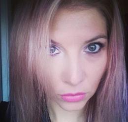 Blondínke hackli mobil, sexvideá unikli na internet: Totálne jej to zničilo život