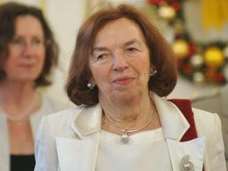 Veľvyslankyňa Klausová si od Korčoka prevzala Zlatú plaketu ministra zahraničných vecí