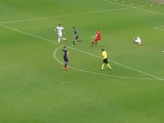 VIDEO: Kuriózny moment v maďarskej lige, jeden hráč
