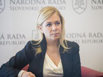 D. Saková: Súdiť policajta len na základe fotky je krátkozraké