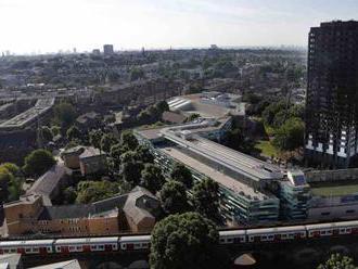 Britské protipožiarne predpisy pre výškové budovy potrebujú zmeny