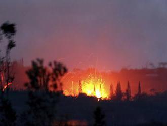 KILAUEA ZASE OŽILA: Stĺp popola vychrlila do výšky deväť kilometrov