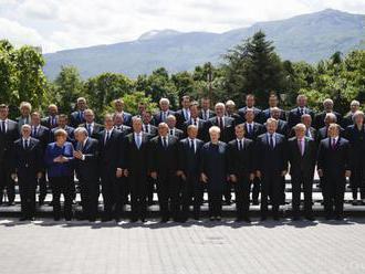 Premiér:Jednotný postoj EÚ je základom riešenia obchodného sporu s USA