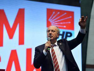 Turecký opozičný kandidát na prezidenta pohrozil zatvorením americkej základne