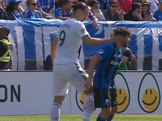 VIDEO: Facka od Zlatana. Dôvod? Súper mu omylom stúpil na nohu