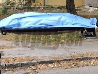Razia kukláčov skončila tragédiou: Muž v Trnave vyskočil zo siedmeho poschodia
