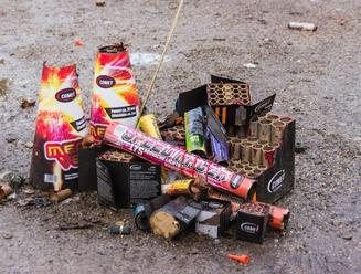 Používanie pyrotechniky by sa malo obmedziť len na oslavy Nového roka