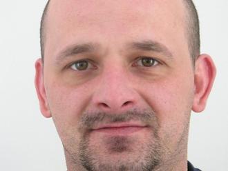 Radoslav z Bardejova neplatil výživné: FOTO Polícii sa vyhýba, videli ste ho?