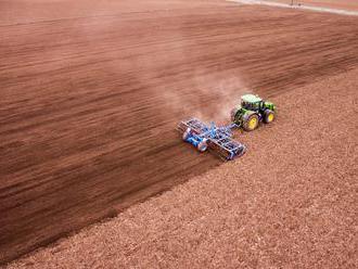 Zneužívanie agrodotácií siaha do roku 2008: Základy mali položiť dve firmy, tvrdí SaS