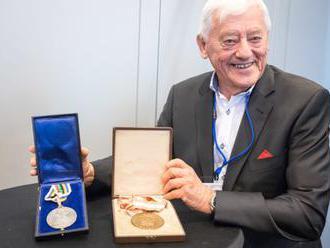 Golonka venoval múzeu SOV olympijské medaily, legendárny hokejista neváhal ani chvíľu