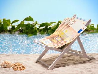 Kurz eura padá. Pocítime to najmä na dovolenke v Chorvátsku
