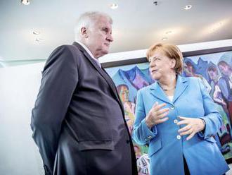 Spor medzi stranami únie CDU a CSU hrozí prerásť do vládnej krízy