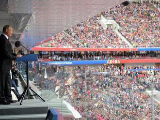Putin gratuloval trénerovi Ruska počas tlačovej konferencie