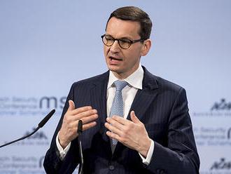 """Poľský premiér vidí v konflikte EÚ a USA """"skvelú možnosť"""" vystúpiť ako integrátor"""