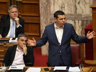 Grécky parlament sa začal zaoberať podnetom na vyslovenie nedôvery Tsiprasovi
