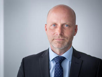 Finančný analytik Ovčarik: Kto chce hypotéku podľa starých pravidiel, musí mať zmluvu do konca mesia