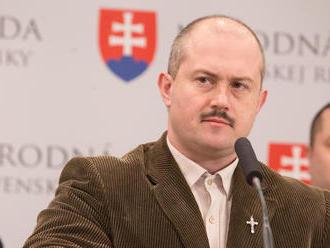 Ostrá reakcia ministerstva na Kotlebovo vystúpenie: Hoaxy, haluze a bezohľadný cynizmus
