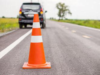 Vážna nehoda pri Zázrivej: Zahynul 55-ročný vodič dodávky