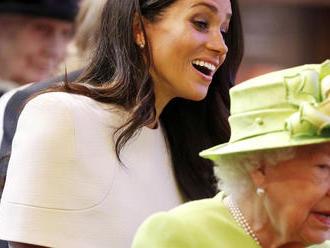 """Meghan urobila prvé verejné faux pas. Kráľovná ju ihneď """"upratala"""""""