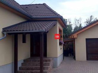 REZERVOVANÉ 3 izbový zrekonštruovaný RD, Kameničná