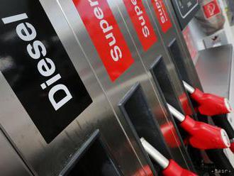 Motoristom na Slovensku zdraželo tankovanie benzínov, nafta zlacnela