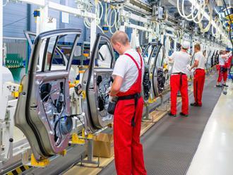 V máji rástla zamestnanosť aj priemerná mzda vo viacerých odvetviach