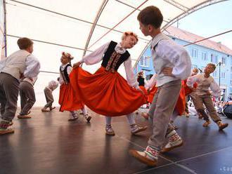 Podujatie Dedina ožíva je venované folklóru a ľudovým tradíciám