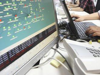 Z hackerských útokov na počítače demokratov obvinili 12 Rusov
