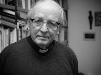 Úmrtie: V Nitre zomrel pápežský prelát Mons. Štefan Vragaš
