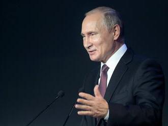 Putina čakajú v deň finále MS vo futbale 2018 aj rokovania s Macronom či Orbánom