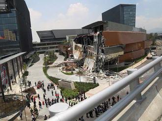 Možnou príčinou kolapsu nákupného strediska v Mexiko city bola záhrada na streche