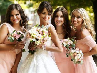 Letná svadba – perfektné šaty, topánky aj make-up