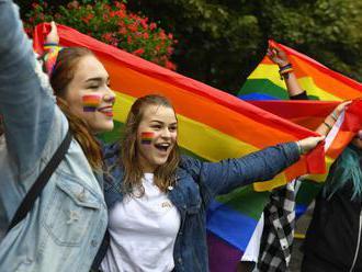 Na pochode za práva sexuálnych menšín čakajú aj niekoľko politikov