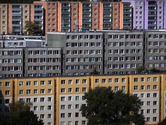 Zamestnávatelia nechcú stavať sociálne byty, vraj to je úloha štátu