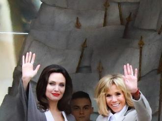 Prvá dáma Brigitte Macron a Angelina Jolie patria medzi súčasné ikony: Spája ich oveľa viac než len