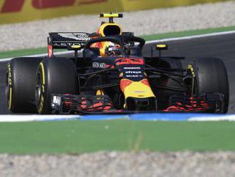 Max Verstappen víťazne v druhom meranom tréningu pred VC Nemecka, predviedol najrýchlejší čas