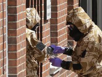 Polícia našla zdroj novičku, ktorý otrávil britský pár