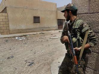 Vládne sily stále bojujú o udržanie mesta Ghazní