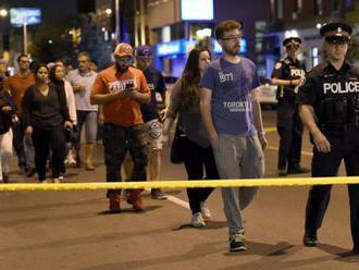 Polícia vyšetruje streľbu v Manchestri ako pokus o viacnásobnú vraždu