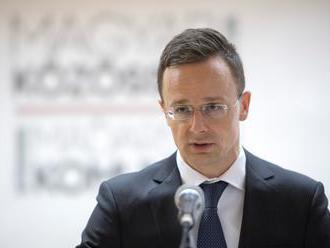 Maďarko žiada Brusel o predčasné prijatie Srbska do EÚ