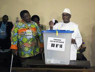 Voliči v Mali hlasujú v druhom kole prezidentských volieb
