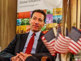 Na turné po slovenských mestách sa vyberie karavan s americkými diplomatmi. Ľudom budú vysvetľovať n