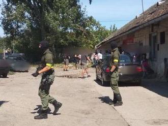 V Seredi pre drogovú trestnú činnosť zatkli niekoľko ľudí
